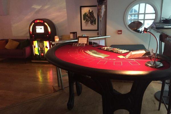 fun-casino-hire-in-bath5EE62710-7B38-BFE5-FA75-ADAD9DDF4325.jpg
