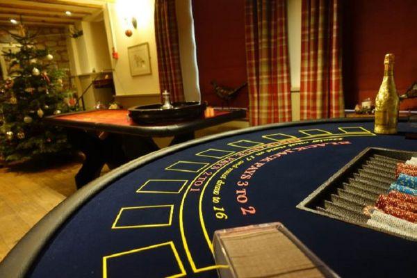 fun-casino-hire733BEBCB-F634-77F2-B23F-FAB5500CACE1.jpg