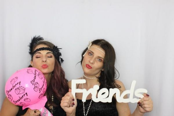 photo-booth-hire-in-swindon8FD4A413-9B56-0DAE-53B6-563E3DD6A2EA.jpg